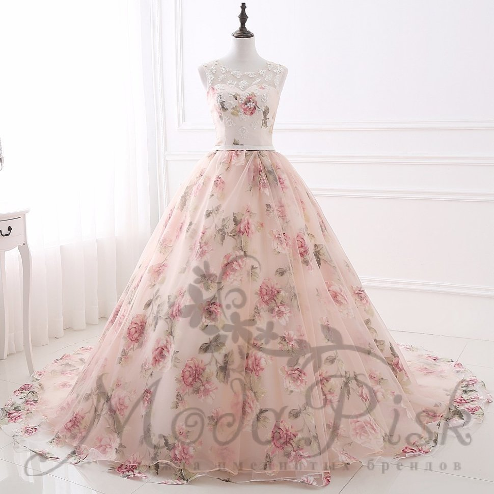 Пышное Платье С Цветами